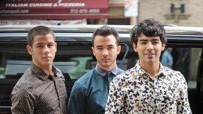 Los Jonas Brothers pasan las Navidades en una casa de 7.500 dólares la noche