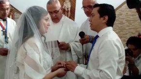 Tercera pareja de peregrinos que se unen en matrimonio durante la JMJ en Panamá