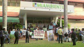 Indígenas de la comarca Wounaan exigen titulación de tierras en MiAmbiente