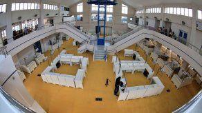 Reinauguran la sección de minoristas del Mercado de Mariscos