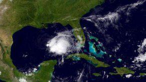 Tormenta tropical Karen se debilita