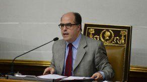Oposición venezolana anuncia plebiscito sobre Constituyente para el 16 de julio