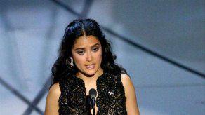 Renée Zellweger le salvó la vida a Salma Hayek con un vestido