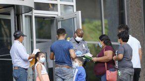 Reabren cortes de inmigración en EEUU pese a coronavirus