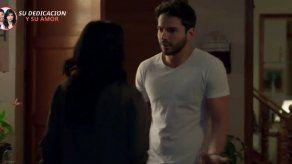 ENFERMERAS | María Clara y Carlos se alejan cada vez más por culpa de Helena