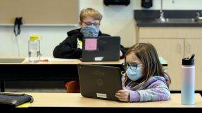 EEUU: Ofrecen hoja de ruta para regreso a clases en persona