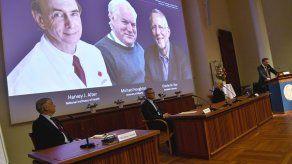 Nobel de medicina premia el hallazgo de virus de hepatitis C