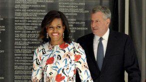 Hasta Michelle Obama está siguiendo el drama de Enrique y Meghan con la familia real británica