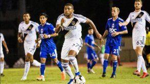 El panameño Carlos Harvey marca un golazo en remontada del Galaxy II