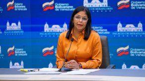 La vicepresidenta Delcy Rodríguez anunció el pago a Covax.