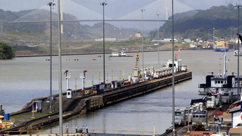 Presidente de Panamá: pase lo que pase se terminarán obras del Canal