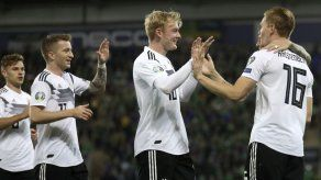 Alemania inflige su primera derrota (2-0) a Irlanda del Norte