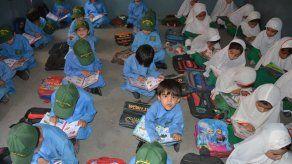 Pakistán aprueba la enseñanza obligatoria del Corán en los colegios