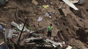 Lluvias dejan 11 muertos y destrozos en El Salvador