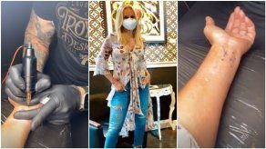 Karen Chalmers decide realizarse su primer tatuaje en vivo