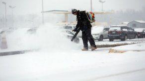EEUU: Amenaza de tormentas de nieve cancela miles de vuelos
