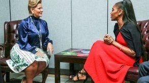 Naomi Campbell apoya causa de Primera Dama de Panamá contra discriminación