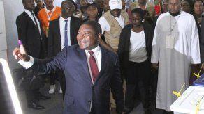 Mozambiqueños votan en elecciones cruciales para paz