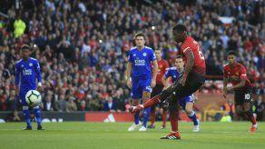 Pogba encamina victoria de Man United ante Leicester