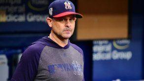 Filis remontan a Dodgers y Yankees ganan a Rays pese a expulsión de Boone