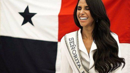 Carmen Jaramillo, Señorita Panamá.